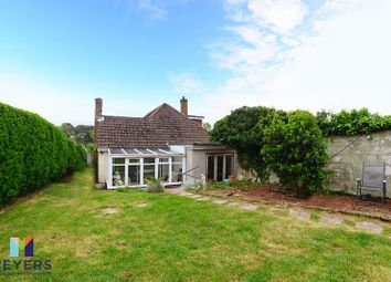 Thumbnail 4 bedroom property for sale in York Close, Broadstone