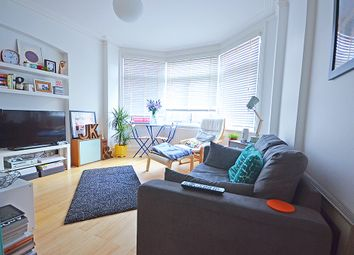 Thumbnail 1 bed flat to rent in Elder Avenue, Crouch End, London
