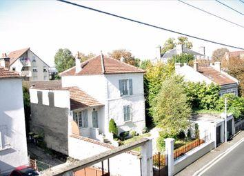 Thumbnail 2 bed apartment for sale in Île-De-France, Seine-Et-Marne, Melun