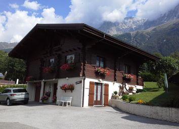 Thumbnail Chalet for sale in Les Bossons, Chamonix-Mont-Blanc (Commune), Chamonix-Mont-Blanc, Bonneville, Haute-Savoie, Rhône-Alpes, France