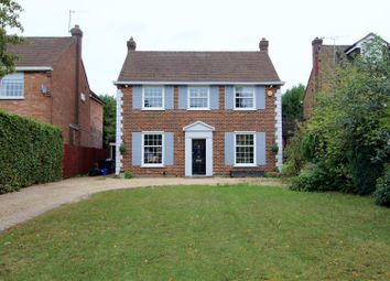 Thumbnail 3 bed detached house for sale in Pine Grove, Brookmans Park, Hatfield