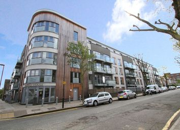 Thumbnail 1 bed flat to rent in Elthorne Road, London