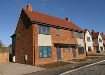 Stags Row, Shabbington, Shabbington, Buckinghamshire HP18. 3 bed semi-detached house for sale