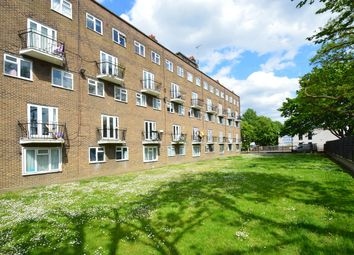 2 bed maisonette for sale in Kent Street, London E2