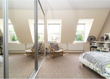 2 bed maisonette for sale in Ferndale Road, Brixton / Clapham SW9