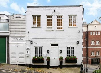 Thumbnail 2 bedroom flat to rent in The Mount, London