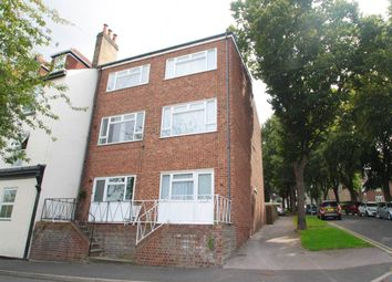 Thumbnail Room to rent in River Street, Gillingham, Kent