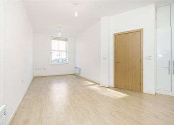 Thumbnail 1 bedroom flat to rent in Northwold Road, Stoke Newington, London