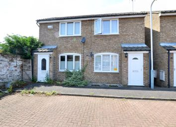 1 bed property to rent in Spinney Close, West Drayton UB7