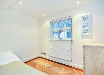 Thumbnail 3 bed property to rent in Warwick Place North, London