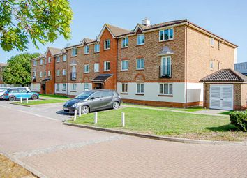 Thumbnail 2 bed flat for sale in Lindisfarne Gardens, Maidstone