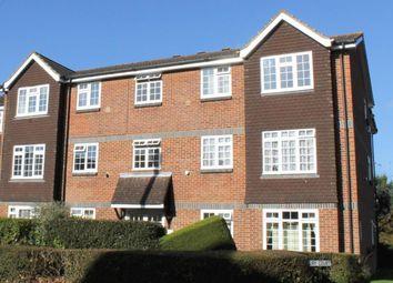 Thumbnail 1 bed flat to rent in Abbotsbury Court, Horsham