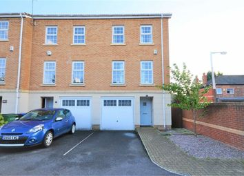 Thumbnail 3 bedroom town house for sale in Cravenwood Road, Reddish, Stockport
