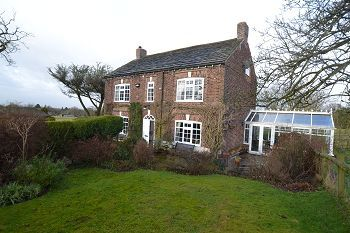 Thumbnail 5 bed detached house to rent in Well Farm, Wood Lane West, Adlington, Cheshire