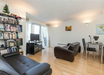 Thumbnail 1 bed flat to rent in 5 Hutchings Street, Westferry Road, Canary Wharf, London