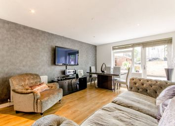 Thumbnail 2 bedroom flat for sale in Elland Close, New Barnet
