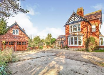 Thumbnail 5 bed detached house for sale in Park Street, Raunds, Wellingborough