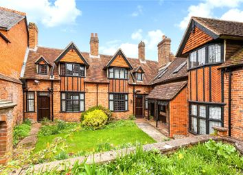 4 bed property for sale in Bartholomew Close, Argyle Road, Newbury, Berkshire RG14