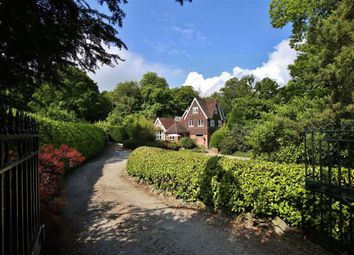 White Horse Road, Meopham, Gravesend DA13. 6 bed detached house