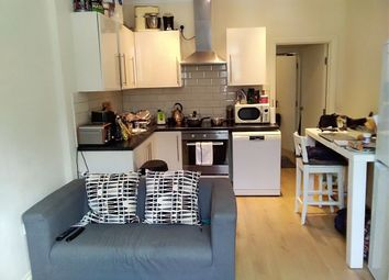 Thumbnail 1 bed flat to rent in South Walk, Church Street, Reigate