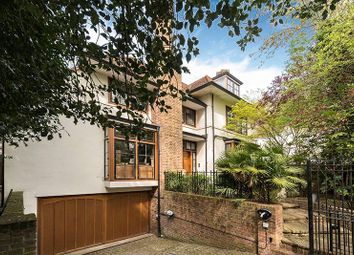 Thumbnail 7 bed detached house for sale in Fitzroy Park, Highgate, London