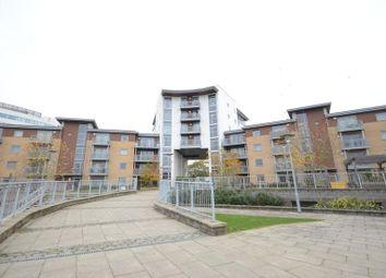 Thumbnail 2 bedroom flat to rent in Kelvin Gate, Bracknell