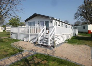 3 bed mobile/park home for sale in London Road, Clacton-On-Sea CO16