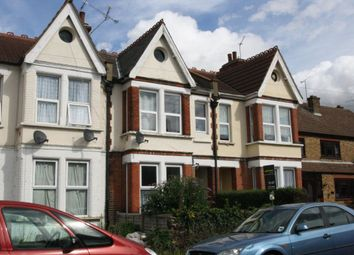 Thumbnail 1 bed flat to rent in Wimborne Road, Southend-On-Sea
