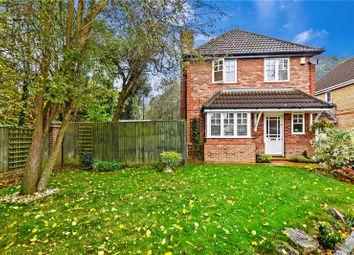 Thumbnail 4 bedroom detached house for sale in Holly Gardens, Barnehurst, Kent