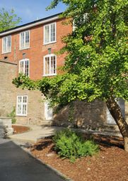 Thumbnail 1 bed flat to rent in Lower Cross, Kington