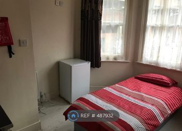 Thumbnail Room to rent in Bury Road, London