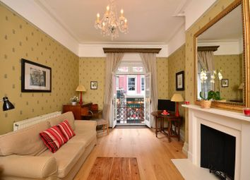 Thumbnail 1 bed flat to rent in Chancery Lane, Holborn