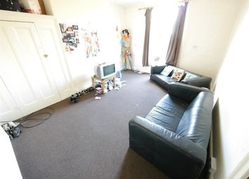 Thumbnail 4 bed flat to rent in Flat, Hyde Park, Leeds