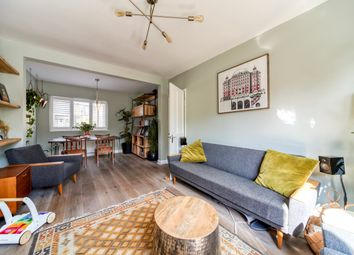 2 bed maisonette for sale in Selby Road, London SE20
