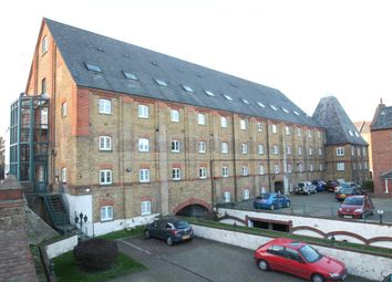 Thumbnail 1 bed property to rent in The Maltings, Clifton Road, Gravesend, Kent