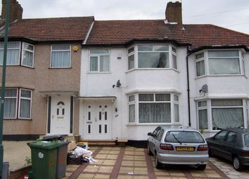3 bed terraced house to rent in Larkway Close, London NW9