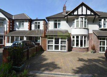 2 bed flat to rent in Welford Road, Clarendon Park LE2