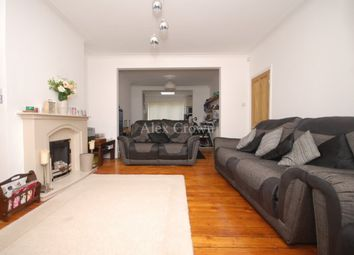 Thumbnail 2 bed flat to rent in Umfreville Road, London