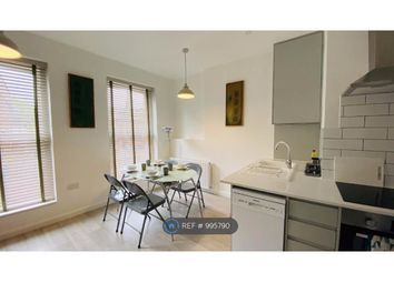 2 bed flat to rent in High Street, Ramsgate CT11