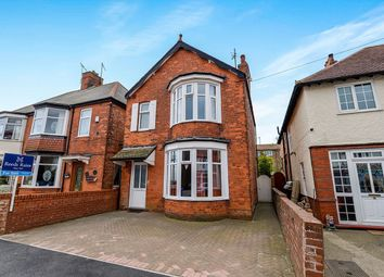Thumbnail 4 bed detached house for sale in Meadowfield Road, Bridlington