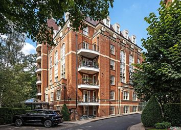Highgrove Point, Frognal Rise, London NW3. 2 bed flat