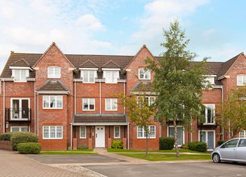 Thumbnail 2 bed flat to rent in Hawthorne Close, Thatcham