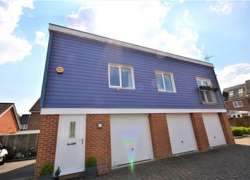 Thumbnail 2 bed flat for sale in Edmund Court, Basingstoke, Hampshire