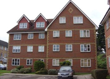 Thumbnail 1 bed flat to rent in Canada Road, Erith