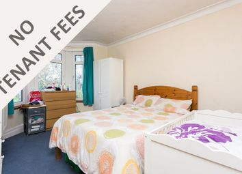 Thumbnail 2 bedroom flat to rent in Auckland Road, Ilford