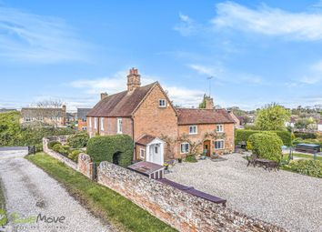 Holt Lane, Hook RG27, south east england property