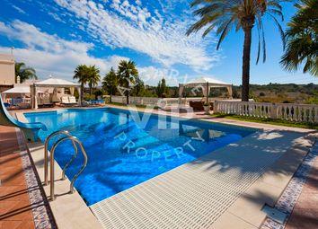 Thumbnail 6 bed villa for sale in Porches, Porches, Lagoa Algarve