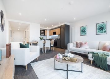 3 bed flat for sale in Royal Docks West, London E16