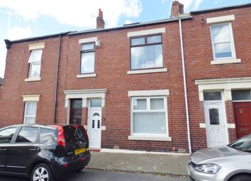 2 bed flat to rent in Chirton West View, North Shields NE29