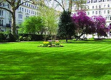 Thumbnail 1 bed flat to rent in Garden House, Kensington Garden Square, Bayswater, London